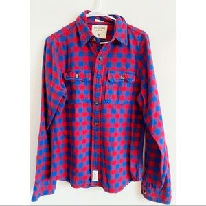 Abercrombie & Fitch • Blue Red Plaid Mens Flannel